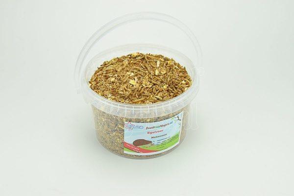 Egelvoer, 1000 gram in een emmer