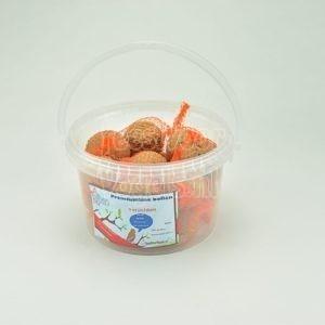 Mezenbol met vruchten, 15 stuks in emmer, Happy Bird