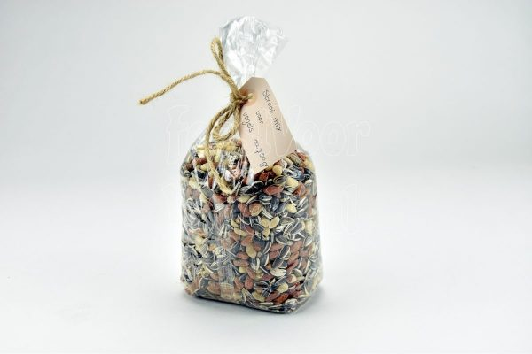 Strooi mix van pinda's en zonnepitten,750 gram