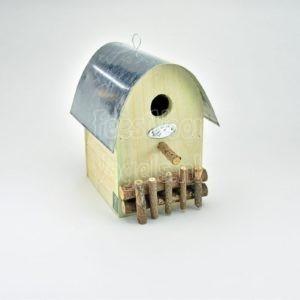 Decoratief nestkast voor tuinvogels