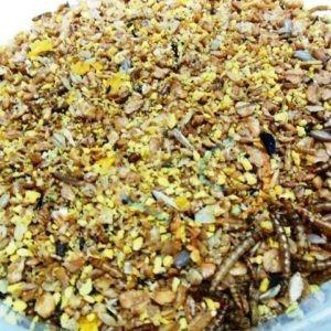 Kippenmuesli met meelwormen 2x12/5kg.