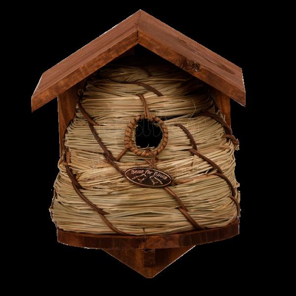 Bijenkorf als nestkast voor vogels.